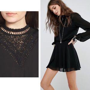 TULAROSA - Kat Sheer Lace Mini Skater Dress Blk, M